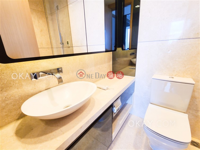 Rare 2 bedroom with sea views & balcony | Rental | Upton 維港峰 Rental Listings