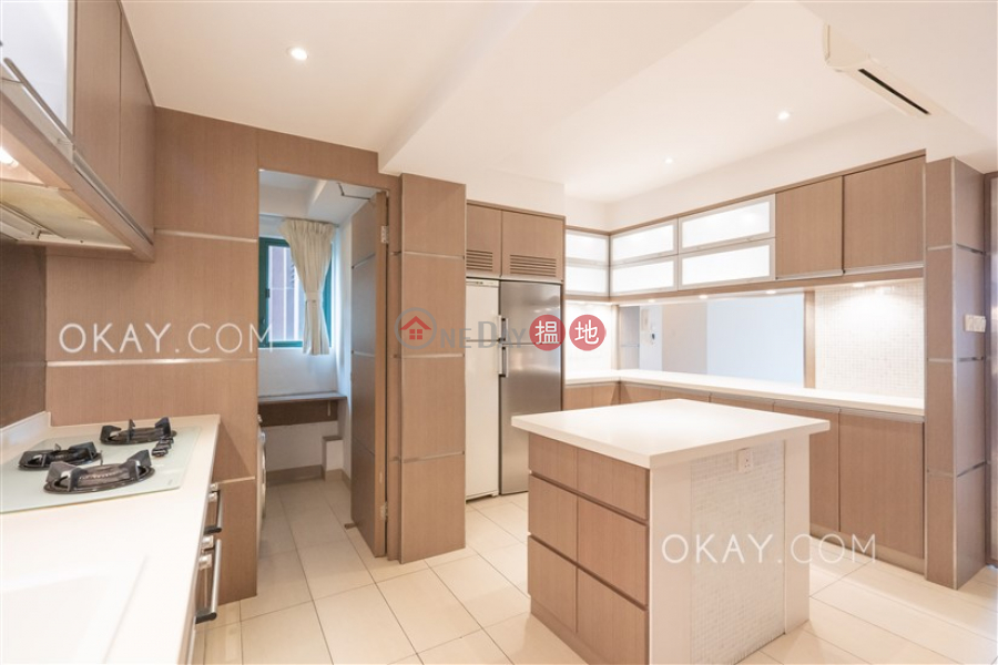 HK$ 59,000/ month Discovery Bay, Phase 13 Chianti, The Barion (Block2) | Lantau Island | Nicely kept 4 bedroom with balcony | Rental