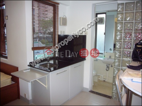 Unit with Rooftop for Rent in Mid-Levels Central|Tai Ning House(Tai Ning House)Rental Listings (A035398)_0