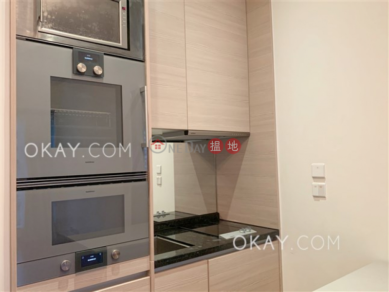 HK$ 30,500/ month The Avenue Tower 1, Wan Chai District Stylish 1 bedroom with balcony | Rental