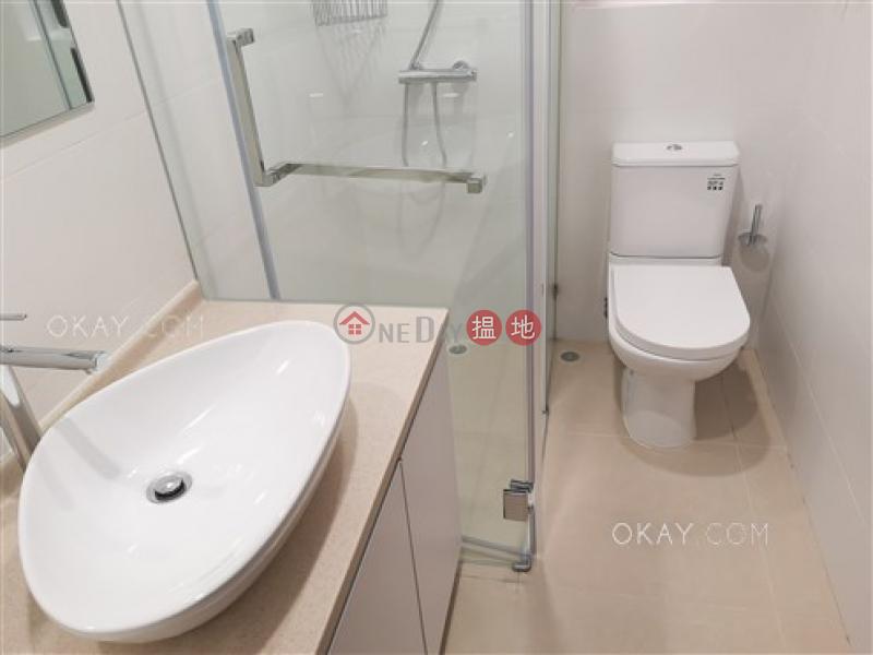 香港搵樓|租樓|二手盤|買樓| 搵地 | 住宅|出租樓盤3房2廁,連車位,露台《Green Village No. 8A-8D Wang Fung Terrace出租單位》