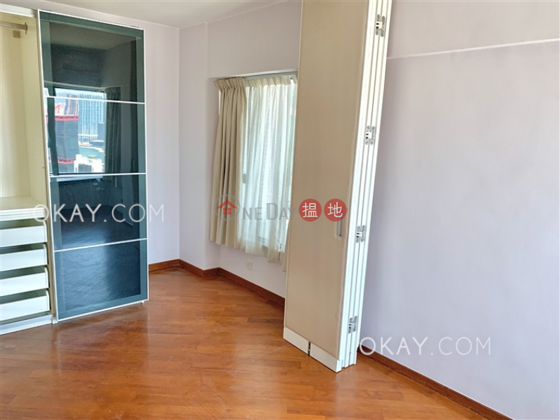 HK$ 44,000/ month 80 Robinson Road Western District, Charming 2 bedroom with harbour views & parking   Rental