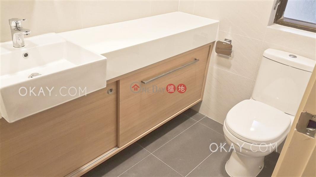 HK$ 28,000/ 月羅便臣道34號西區2房2廁,實用率高羅便臣道34號出租單位