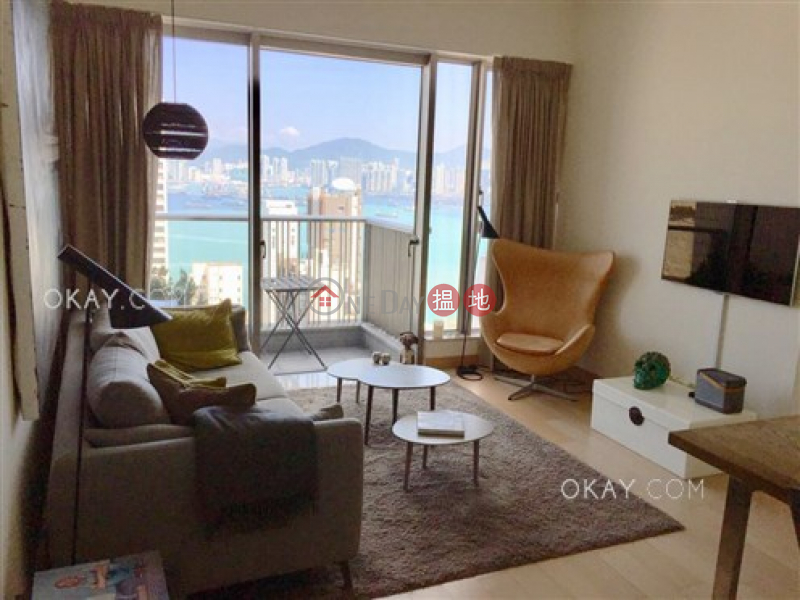 Charming 3 bed on high floor with sea views & balcony | Rental | Greenery Crest, Block 2 碧濤軒 2座 Rental Listings
