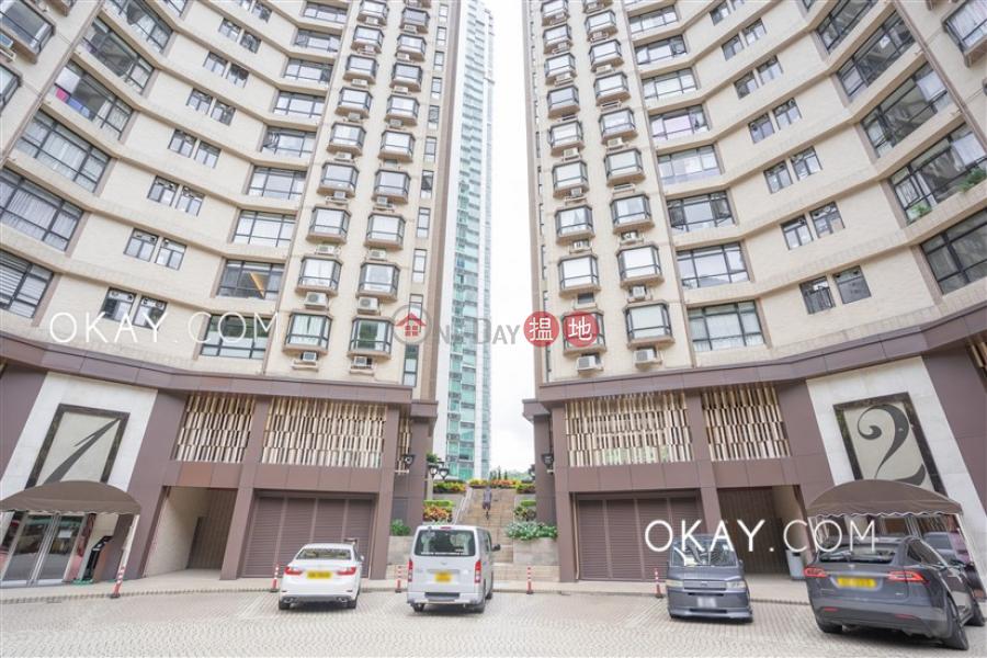 HK$ 34,000/ 月龍華花園灣仔區3房2廁,極高層,連車位龍華花園出租單位