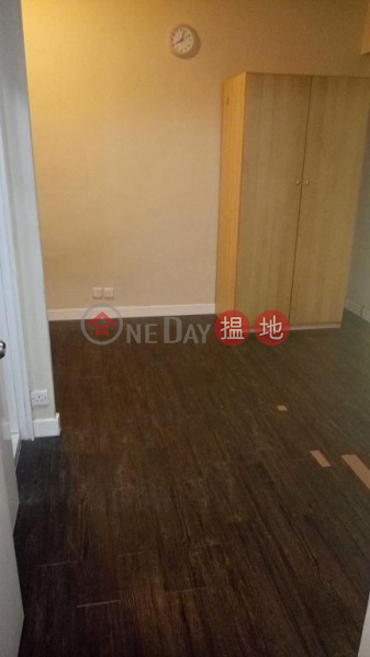 HK$ 13,000/ month | Man Shek Building Wan Chai District Flat for Rent in Man Shek Building, Wan Chai
