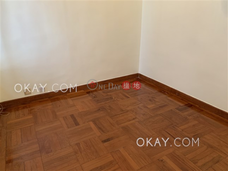 HK$ 40,000/ 月|百麗花園-中區-2房1廁,極高層,可養寵物,露台《百麗花園出租單位》