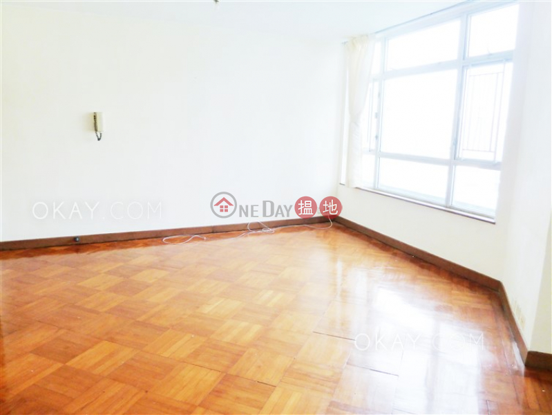 HK$ 13M, South Horizons Phase 2, Yee Mei Court Block 7 | Southern District | Stylish 3 bedroom with sea views | For Sale