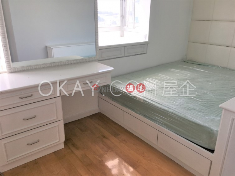 HK$ 20.88M, (T-44) Pak Hoi Mansion Kwun Hoi Terrace Taikoo Shing | Eastern District Efficient 3 bed on high floor with sea views & rooftop | For Sale