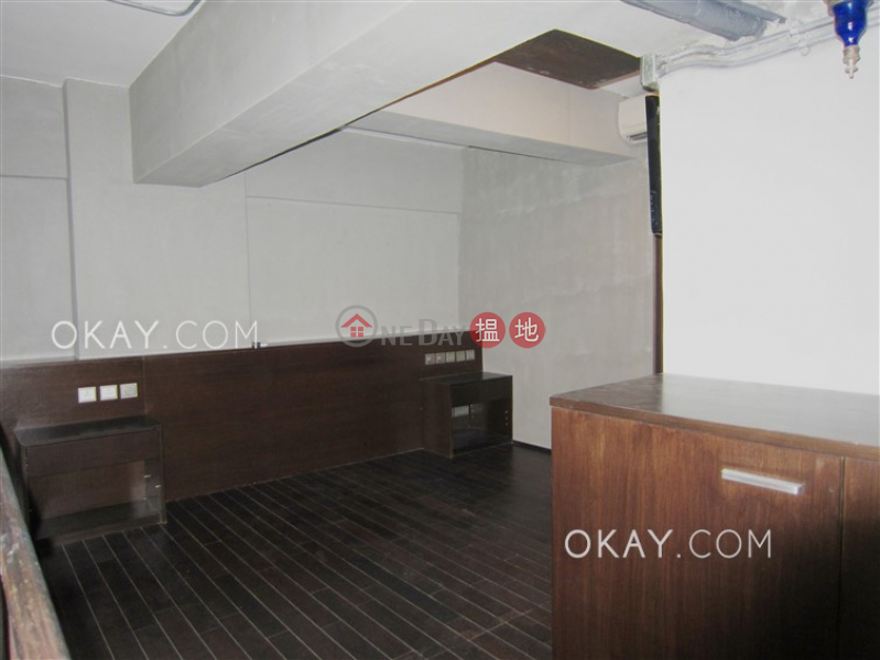 Nicely kept studio in Sheung Wan | For Sale | Po Hing Mansion 寶慶大廈 Sales Listings