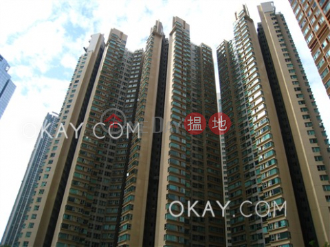 Unique 3 bedroom in Kowloon Station | Rental|The Waterfront Phase 1 Tower 1(The Waterfront Phase 1 Tower 1)Rental Listings (OKAY-R26648)_0