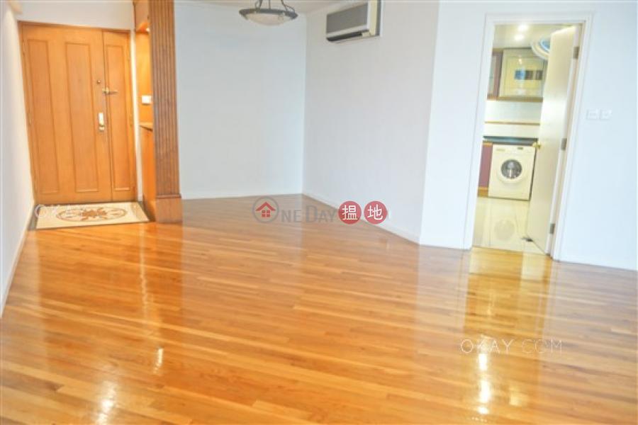 3房2廁,實用率高,極高層,星級會所《雍景臺出售單位》 70羅便臣道   西區香港-出售 HK$ 3,050萬
