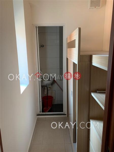 3房2廁,連車位,露台柏道2號出售單位 柏道2號(2 Park Road)出售樓盤 (OKAY-S58376)