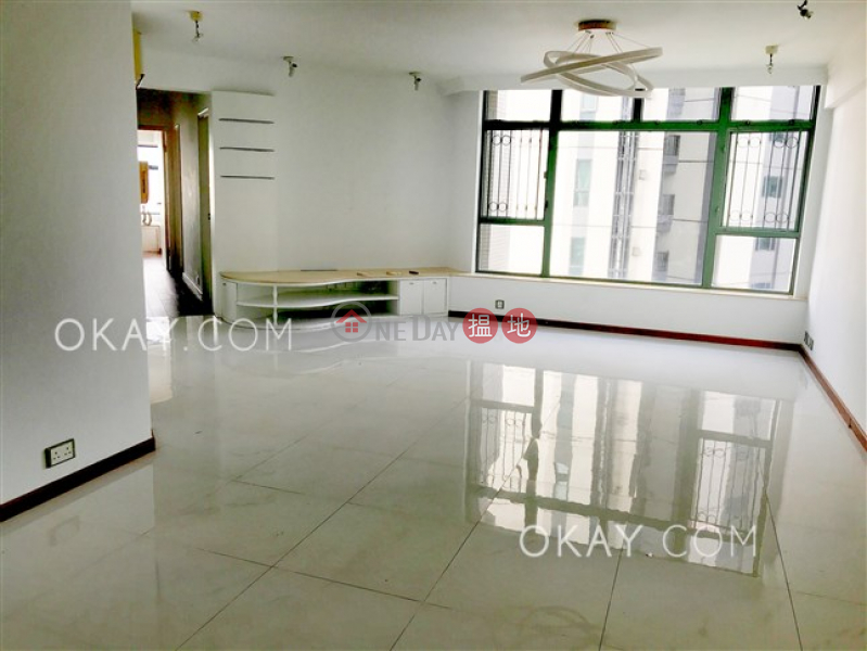 Rare 3 bedroom on high floor with sea views | For Sale | Robinson Place 雍景臺 Sales Listings