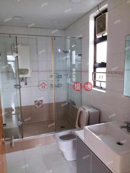 HK$ 65,000/ month, Villa Rocha, Wan Chai District, Villa Rocha | 3 bedroom High Floor Flat for Rent