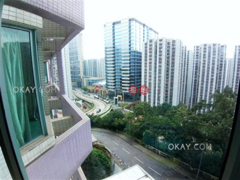 2房1廁,實用率高,星級會所《逸意居2座出租單位》18西灣臺   東區香港 出租 HK$ 28,000/ 月