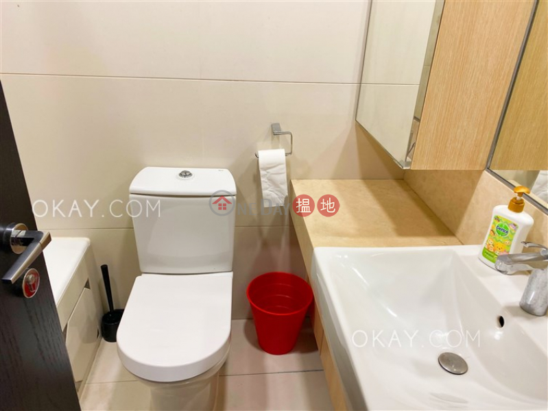 2房1廁,星級會所,露台《干德道38號The ICON出租單位》38干德道 | 西區香港-出租HK$ 35,000/ 月