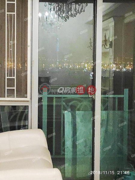 Property Search Hong Kong | OneDay | Residential | Rental Listings | The Merton | 3 bedroom Low Floor Flat for Rent
