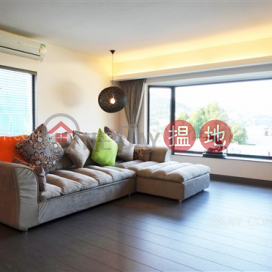 Exquisite house with sea views, rooftop & balcony | For Sale