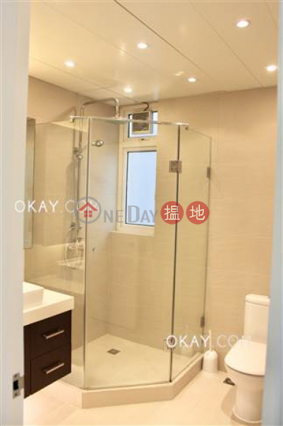 Efficient 3 bedroom with balcony   For Sale   Discovery Bay, Phase 4 Peninsula Vl Coastline, 26 Discovery Road 愉景灣 4期 蘅峰碧濤軒 愉景灣道26號 Sales Listings