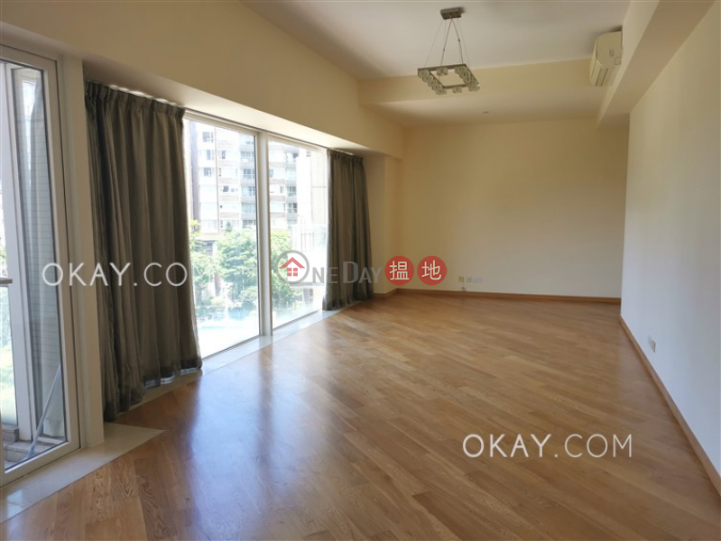 Nicely kept 4 bedroom with balcony | For Sale | Avignon Tower 3 星堤3座 Sales Listings
