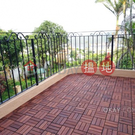 Unique house with sea views, rooftop & terrace | For Sale