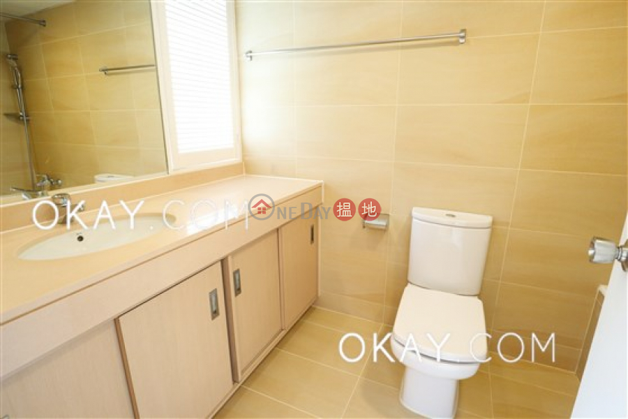HK$ 72,000/ month Unicorn Gardens | Southern District, Efficient 3 bedroom with balcony & parking | Rental