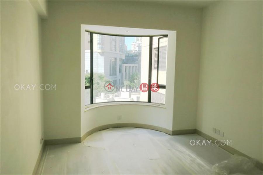 HK$ 9,500萬花園台-中區 4房4廁,實用率高,連車位,露台《花園台出售單位》