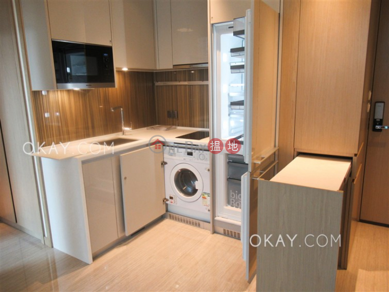 1房1廁,實用率高,露台《本舍出租單位》|97卑路乍街 | 西區香港出租-HK$ 25,800/ 月