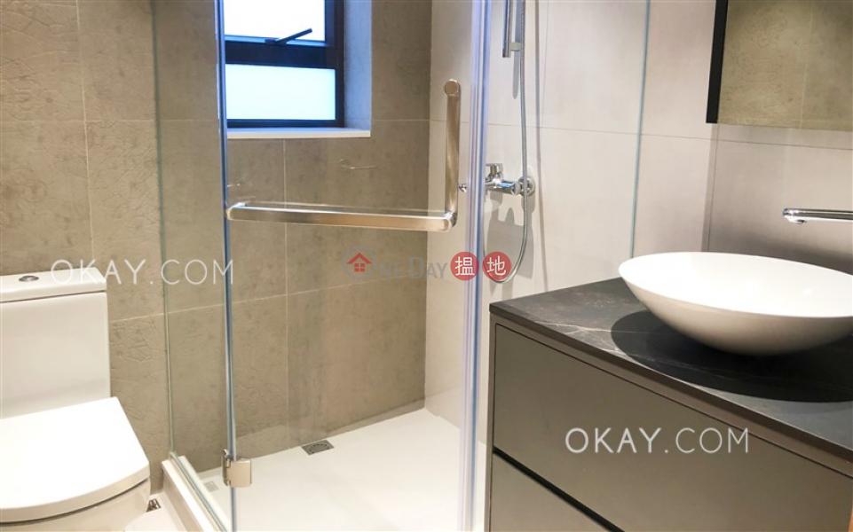 HK$ 52,000/ 月華納大廈灣仔區 3房2廁,極高層,露台《華納大廈出租單位》