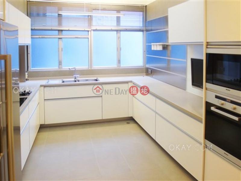 3房2廁,連車位《碧荔道18-24號出售單位》18-24碧荔道 | 西區香港出售-HK$ 2,680萬