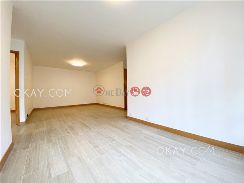 Unique 2 bedroom on high floor with balcony | For Sale | 22 Broadway | Cheung Sha Wan Hong Kong | Sales HK$ 9.8M