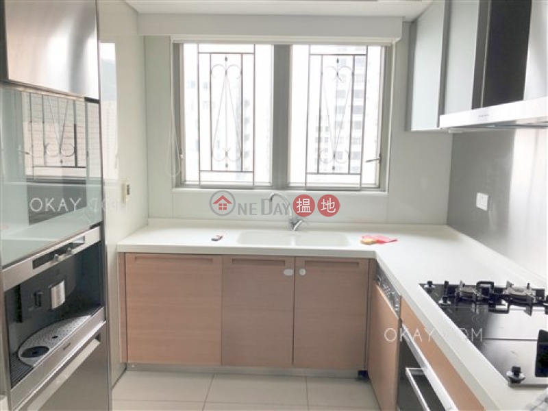香港搵樓 租樓 二手盤 買樓  搵地   住宅 出租樓盤4房3廁,極高層,星級會所,可養寵物《羅便臣道31號出租單位》
