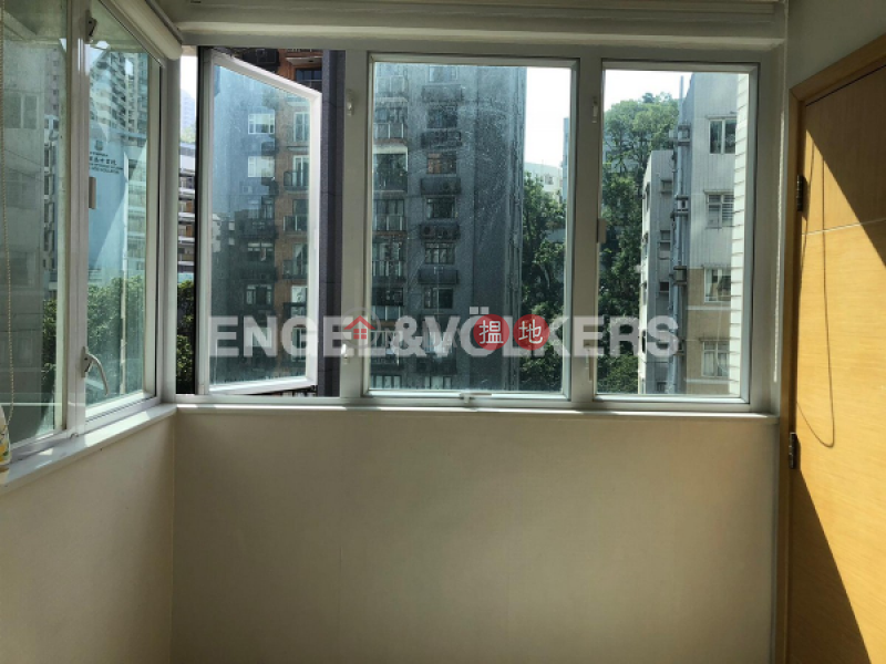 HK$ 16.8M Royal Court Wan Chai District 2 Bedroom Flat for Sale in Tai Hang