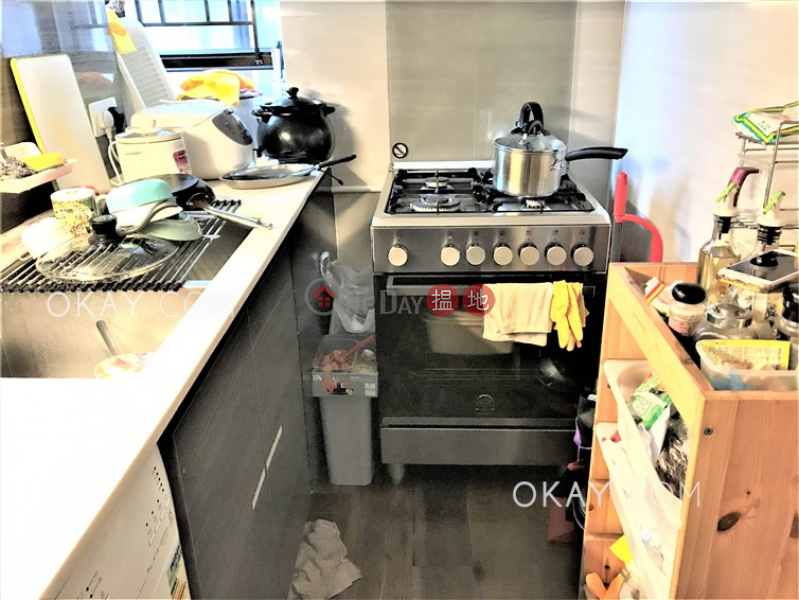 HK$ 35,000/ month Panorama Gardens Western District Tasteful 3 bedroom in Mid-levels West | Rental