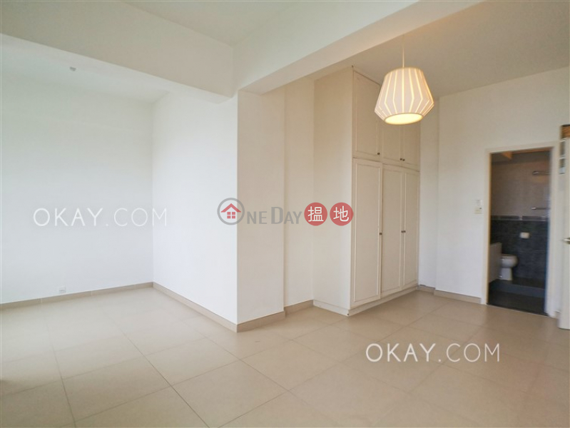 HK$ 53,000/ month Block C Repulse Bay Mansions Southern District, Efficient 2 bedroom with parking | Rental