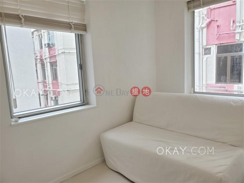 HK$ 38,000/ 月海濱大廈灣仔區-2房2廁,露台《海濱大廈出租單位》
