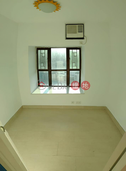 Property Search Hong Kong | OneDay | Residential, Rental Listings Lai King Highland Park (gross 728"|443|600|?|en|2|8355a96fe5f9fd6d46c143dfe2944d1c|False|UNLIKELY|0.2853458821773529