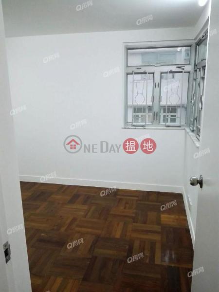 Friendship Court | 2 bedroom Low Floor Flat for Rent 12-22 Blue Pool Road | Wan Chai District, Hong Kong | Rental | HK$ 39,000/ month
