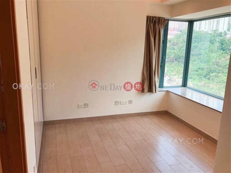 HK$ 13M, POKFULAM TERRACE | Western District | Tasteful 3 bedroom with balcony | For Sale