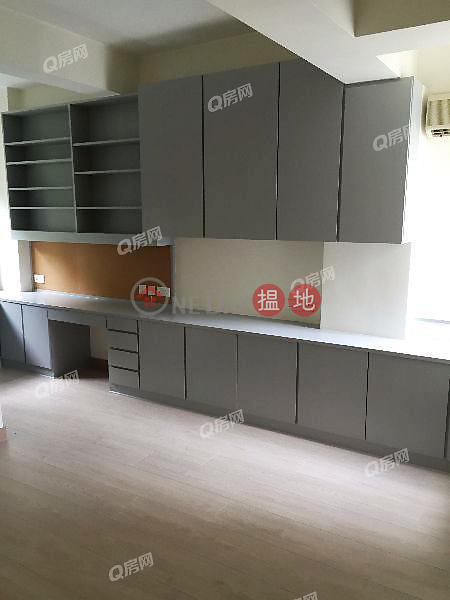 Property Search Hong Kong | OneDay | Residential | Sales Listings | United Mansion | 3 bedroom Mid Floor Flat for Sale