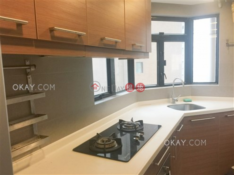 Cozy 1 bedroom in Central | For Sale, Lilian Court 莉景閣 Sales Listings | Central District (OKAY-S66070)