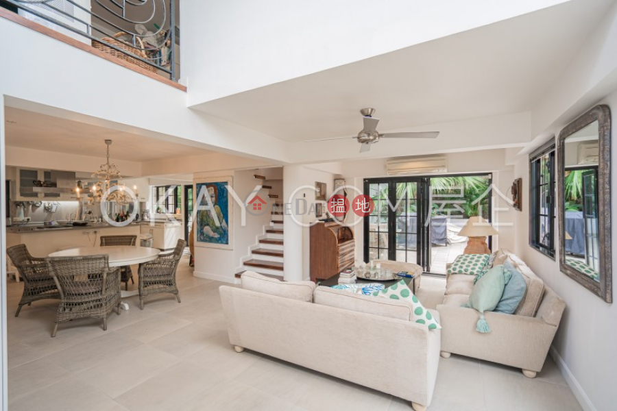 Gorgeous house with terrace, balcony   For Sale   Chi Fai Path Village 志輝徑村 Sales Listings
