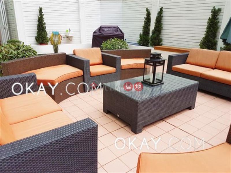 HK$ 49,000/ month, Caine Building, Western District | Elegant 2 bedroom with terrace | Rental
