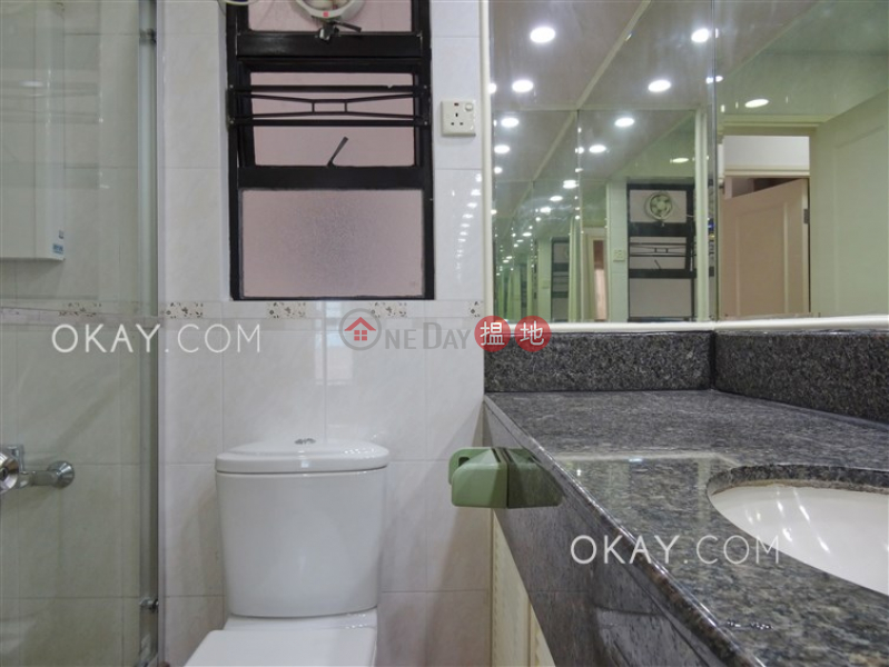 HK$ 27,000/ month Kennedy Town Centre, Western District, Practical 3 bedroom in Western District | Rental