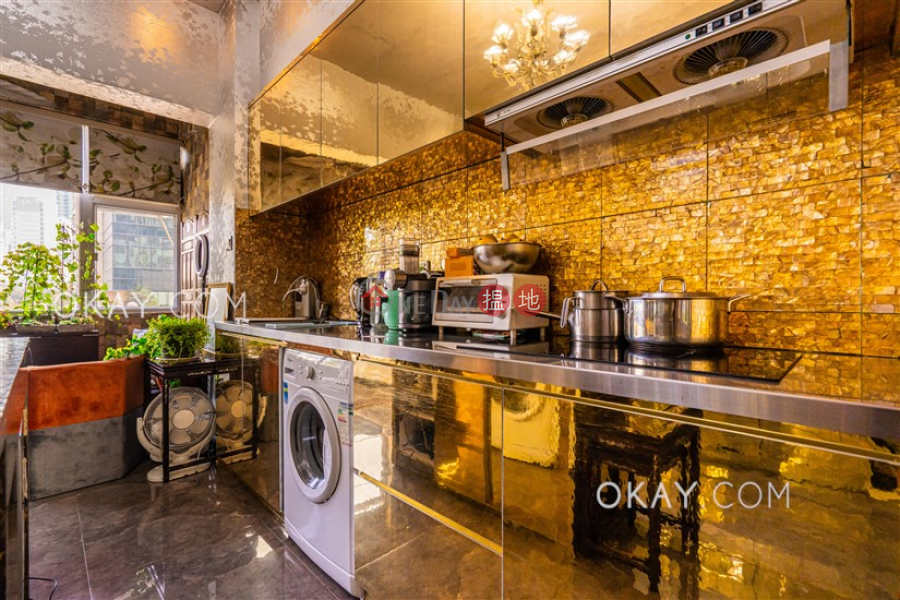 Lovely 3 bedroom in Causeway Bay | For Sale | Bay View Mansion 灣景樓 Sales Listings