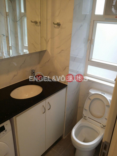 2 Bedroom Flat for Sale in Sheung Wan 219-221 Wing Lok Street | Western District | Hong Kong | Sales HK$ 6.38M
