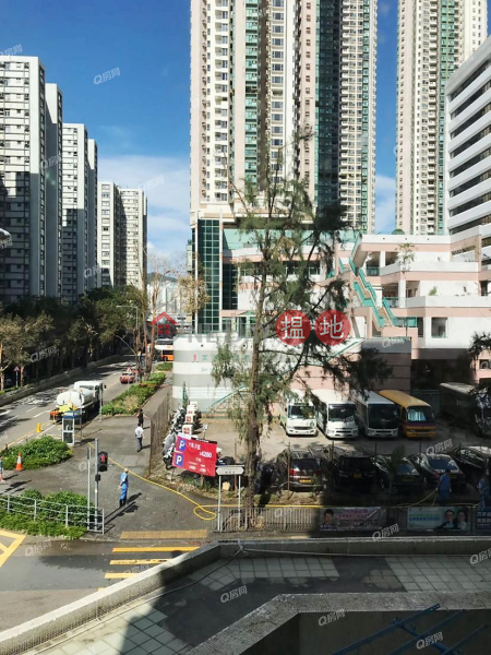 Property Search Hong Kong | OneDay | Residential | Rental Listings Block 13 On Hiu Mansion Sites D Lei King Wan | 2 bedroom Low Floor Flat for Rent