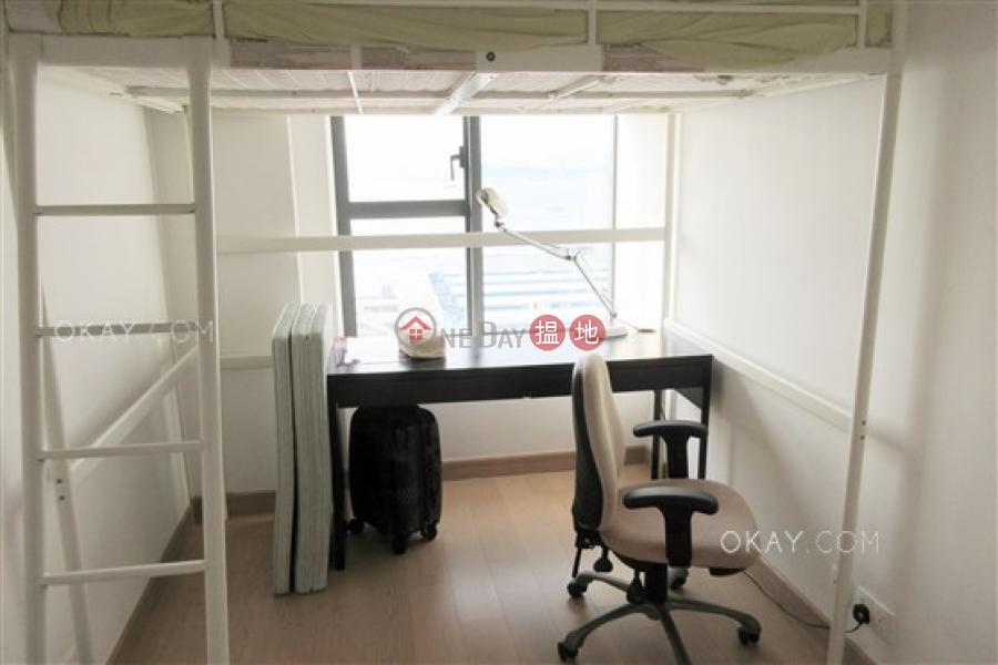 Unique 3 bedroom with sea views & balcony | Rental | Upton 維港峰 Rental Listings
