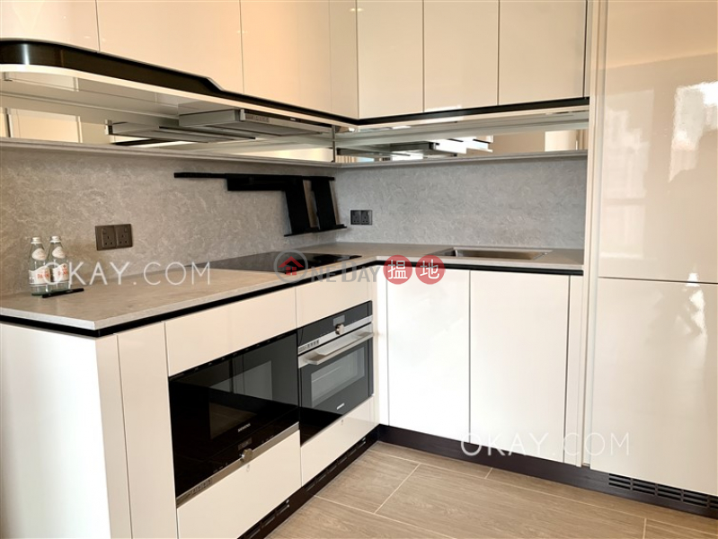 HK$ 58,000/ month, On Fung Building, Western District, Efficient 3 bedroom on high floor with balcony | Rental